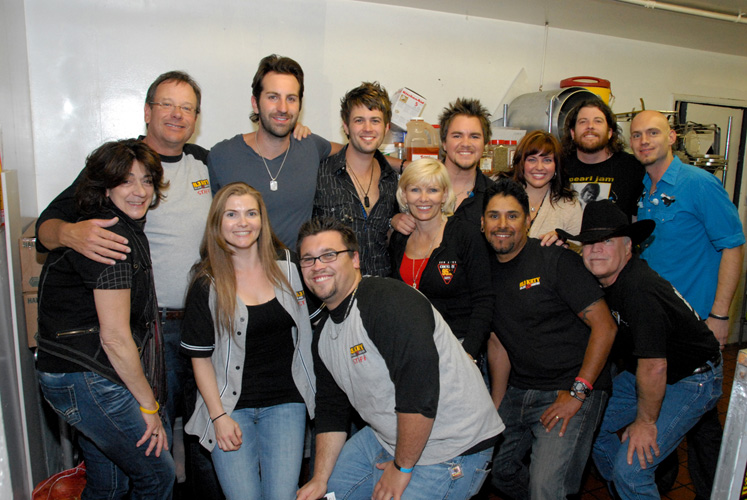 Krty San Jose Ca Welcomes Josh Kelley And Eli Young Band