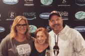 Trisha Yearwood And Garth Brooks Pose With KFDI/Wichita's Carol Hughes