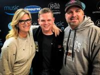 Garth Brooks & Trisha Yearwood Hang With WLHK/Indianapolis