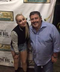 RaeLynn Catches Up With WDXB/Birmingham PD Tom Hanrahan