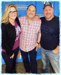 Garth Brooks, Trisha Yearwood Catch Up With KILT/Houston