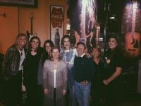Kassi Ashton Hangs With MCA Nashville Team