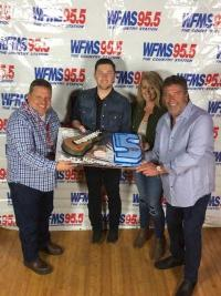 Scotty McCreery Celebrates With WFMS/Indianapolis