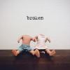 Brokensingleart.jpg